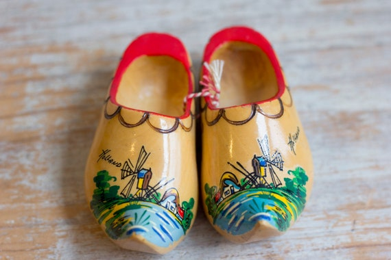 Vintage Wooden Shoes, Holland Souvenir Miniature Wood Shoe, Hand Painted and Crafted, Dutch Scandinavian Decor
