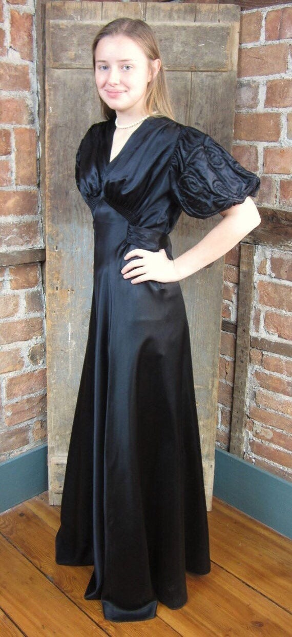 1930s gown Dress. Mourning Gown Dress. Goth Gown - image 3