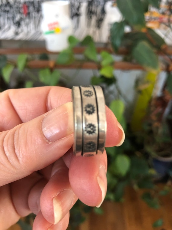 Spinner Ring Sterling Silver .925 Cross Ring Size 14