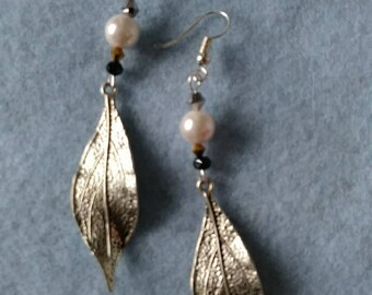 Peal and crystal leaf earrings Free shipping