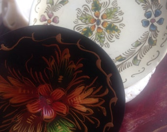 Mexico Michoacan Quiroga handpainted wood plates set of 2 from 50s