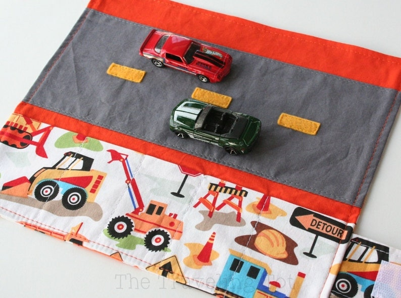 Car Caddy Roll Up w/ Road Play Mat  Dig It  Holds 5 Toy image 0