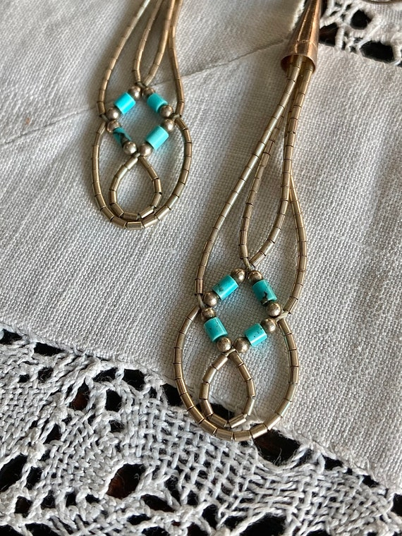 1970s Beaded Hand Sewn Sterling Silver /& Turquoise Native Made Braid Plaited Earrings