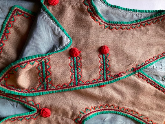 1930s Handmade Embroidered Wool Puff Hungarian Fol