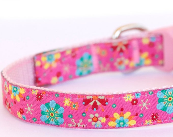 Kaleidoscope Flowers, Floral Dog Cat Collar, Pink Collar, Teacup, Kitty Cat, 1/2 inch width, Puppy XS ONLY