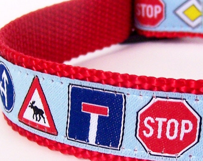 Street Signs Dog Collar / Blue / SALE