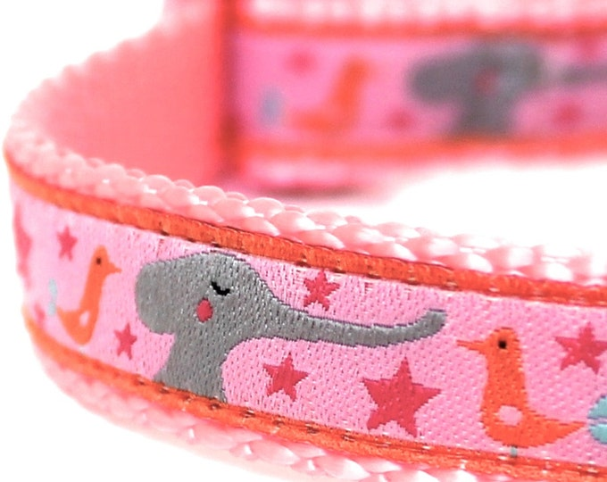 Little Elephants Dog Collar, Pink, 5/8 inch width Pet Collar, Adjustable Dog Collar, Little Dog