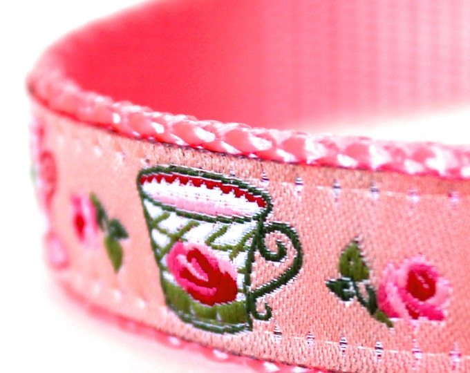 QUICK SHIP Cottage Teacups Dog Collar, Adjustable Ribbon Dog Collar, Shabby and Chic, Cottage Rosebuds