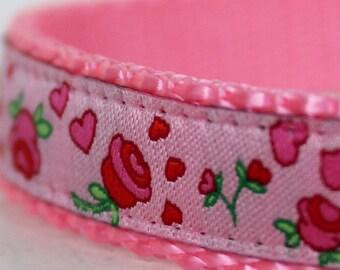 Shabby and Chic Pink Rosebuds Dog Collar, 5/8 inch width collar, Small Dog Collar