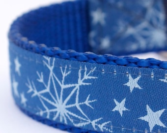 Blue Snowflake Dog Collar, Holiday Pet Collar, Winter Dog Collar, Christmas Dog Collar, Festive XS or Small ONLY