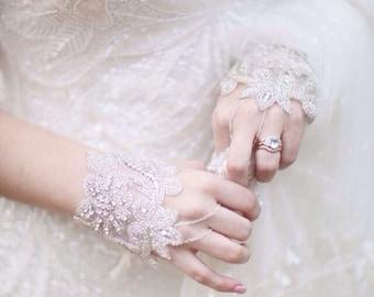 Beaded Bridal Gloves / Wedding gloves / Formal Gloves / Fingerless Gloves / Kristin Perry