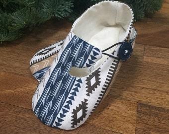 d2b5ef0dc88ba Bébé au sud-ouest imprimé bleu et beige - Hipster bébé Chaussures
