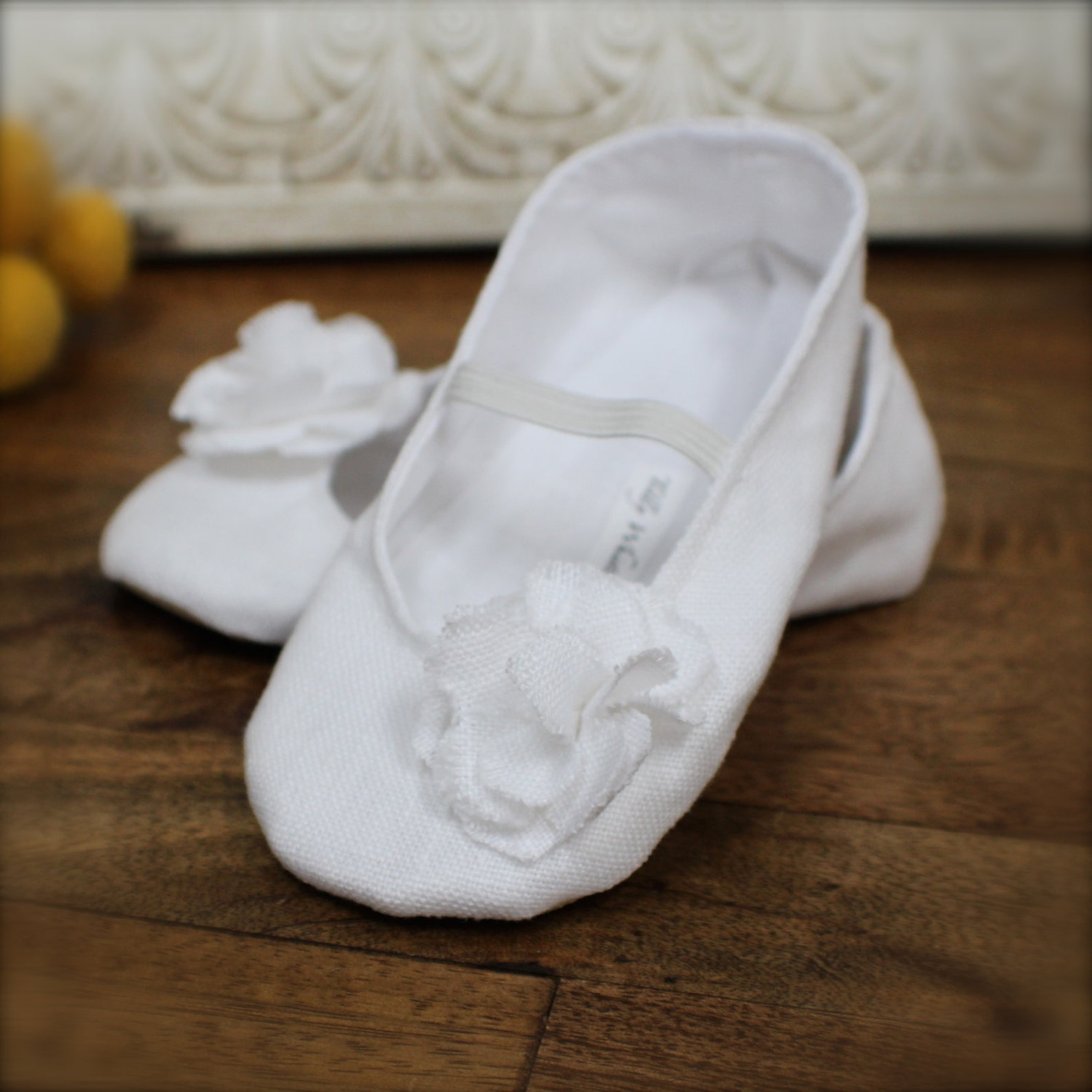 white or ivory linen baby girl shoes - ballet flats - toddler girl shoes - easter shoes - christening shoes - flower girl shoes