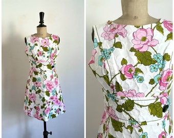 Vintage 1960s PIERRE NEUVILLE White Flowers Print Cotton Mini Summer Dress / Size Small