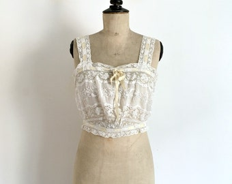 Antique Circa 1900s-1910s White Cotton Lace and Embroideries Belle Epoque Handmade  Camisole - Antique French Lingerie / Size S