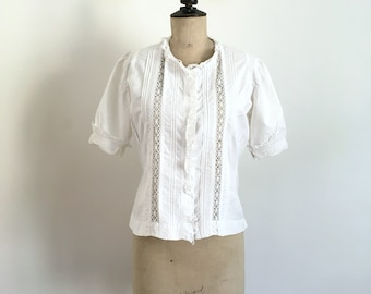 Antique Circa 1900s -1910s White Cotton and Lace Handmade Summer Blouse / Size M