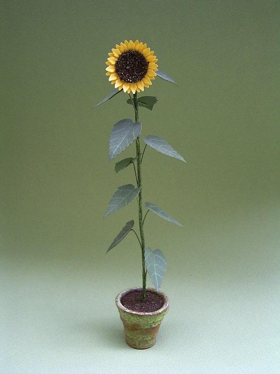 Dollhouse Miniature Single Tall Sunflower Stem w//Leaves