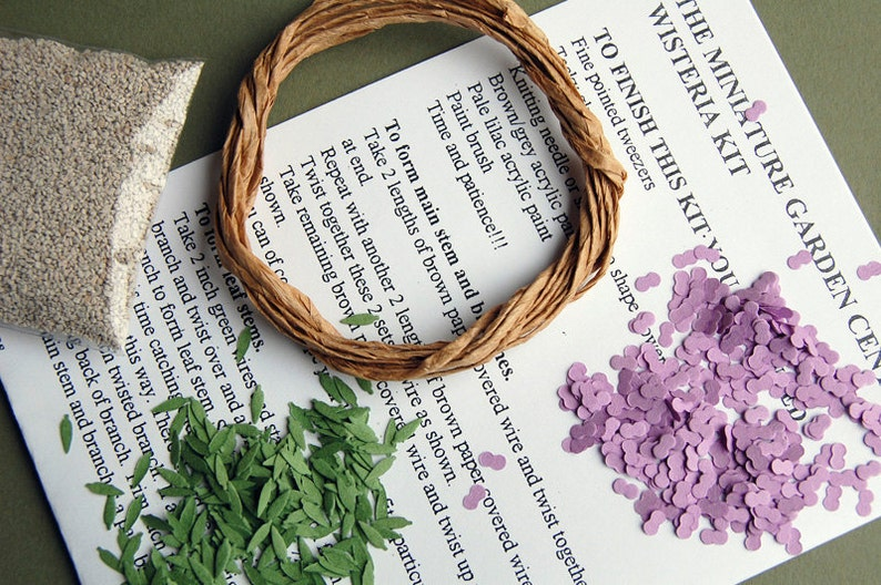 Florists and Miniature Gardens Wisteria Paper Flower Kit  for 112th scale Dollhouses