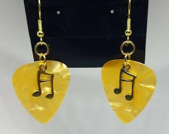 Guitar Pick Earrings - Gold Tone - Music Note Earrings - 1 pair