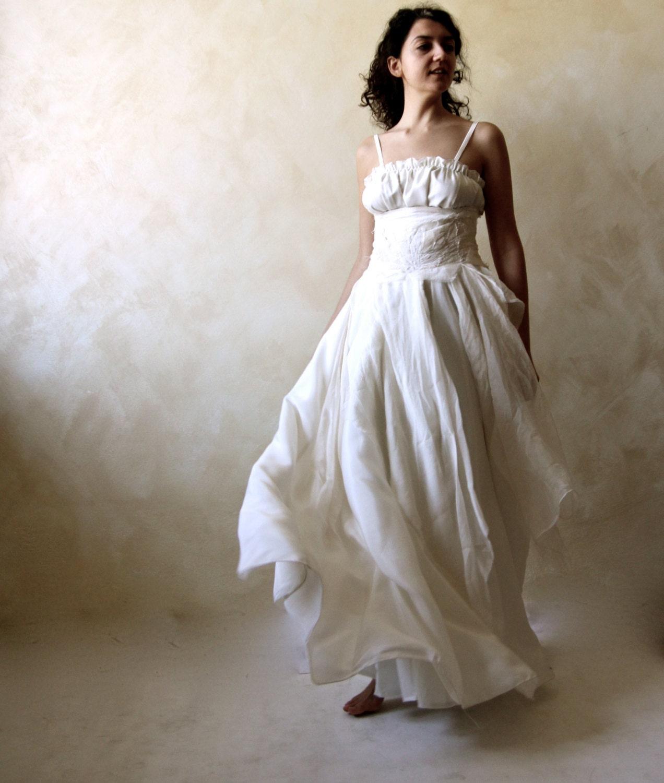 07a60df4c62 Bohemian wedding dress Bridal Gown Celtic wedding dress