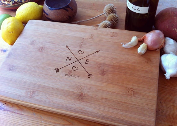 Custom Cutting Board, Wedding Gift, Custom Chopping Block, Engraved Board, Custom Cheese Board, Couple Cutting Board, Arrow Cutting Board