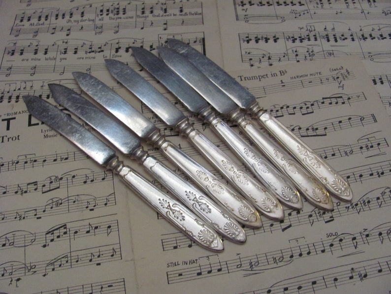Made by 1847 Rogers Set of  Silver Plate Fruit or Cheese Knives