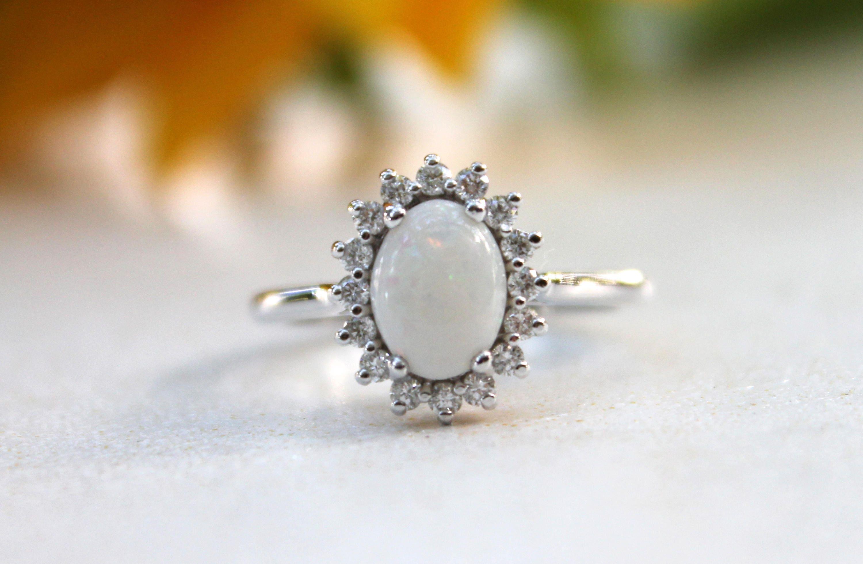 Opal Verlobungsring Vintage Inspirierte Diamant Halo Weisse Etsy