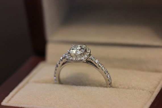 Strahlende Halo Verlobungsring Diamant Halo Ring 05 Ct Etsy
