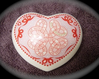 Bone China Noritake Heart Paperweight Endless Knots of Love 1976 Valentine Day / Valentine Gift for Her