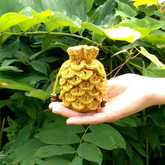 Dragon scale dice bag / treasure pouch / stash bag in mustard
