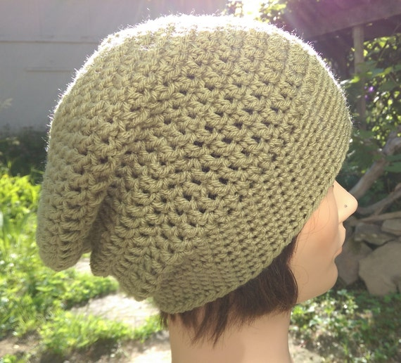 Crocheted slouchy hat in sage green [vegan]