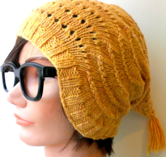 KNITTING PATTERN // pdf instant download // DK weight yarn Elf hat // Astrid