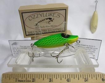Vintage  Fishing lure/  Wooden Creek Chub/ Shur Strike River Master....223