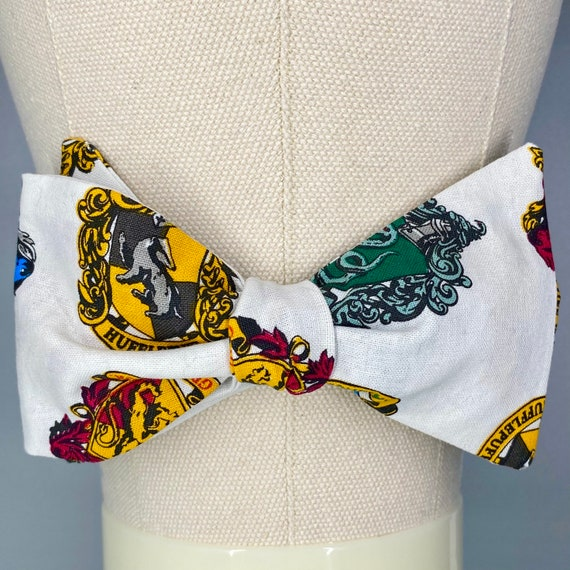Harry Potter House Crests Bow Tie