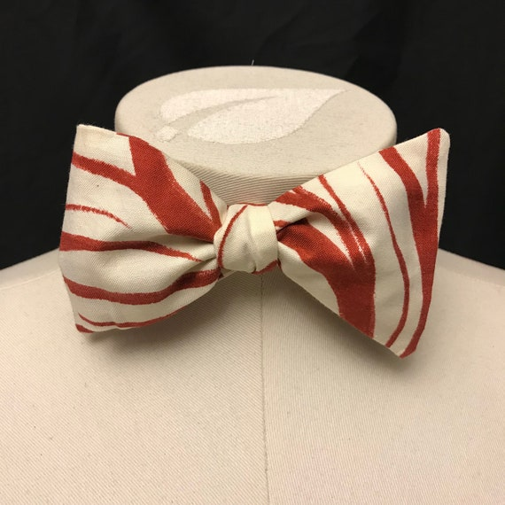 Weirwood Bow Tie