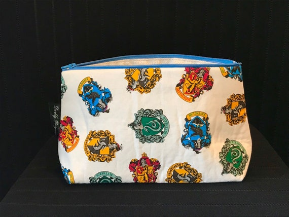 Harry Potter Crests Toiletries Bag