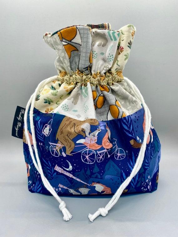 Fox & Friends Drawstring Bag