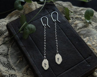Runic dangle earrings. Custom (sterling silver - your choice of rune: Algiz, Othala, Ansuz, Fehu, Dagaz, Jera, Thurisaz, Tiwaz, Wunjo, etc.)