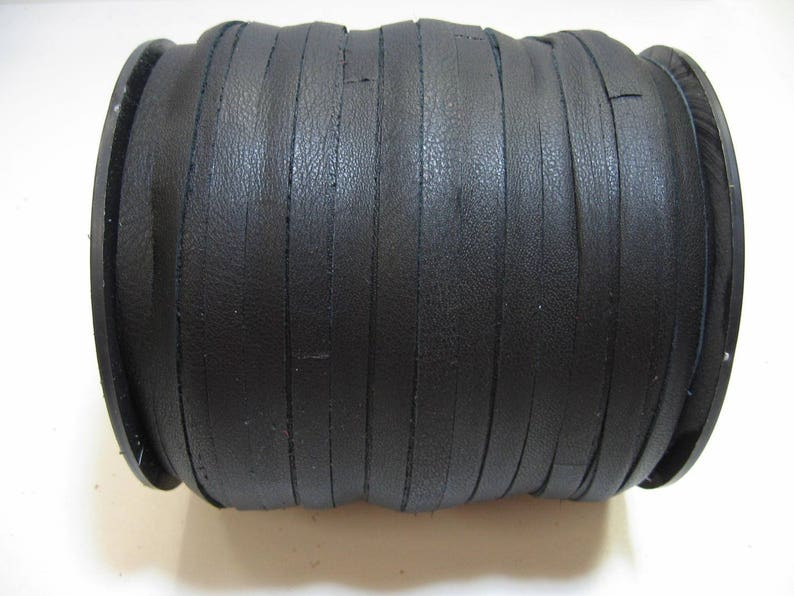 10 yds 0156NDE leather jewelry cord; leather lacing; dream catchers; leather crafts 532 Flat Cowhide Lacing in Black Icelandic