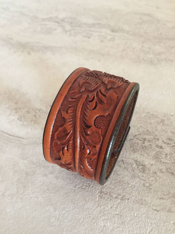 Women's Brown Leather Cuff (Size 6.75 inches)