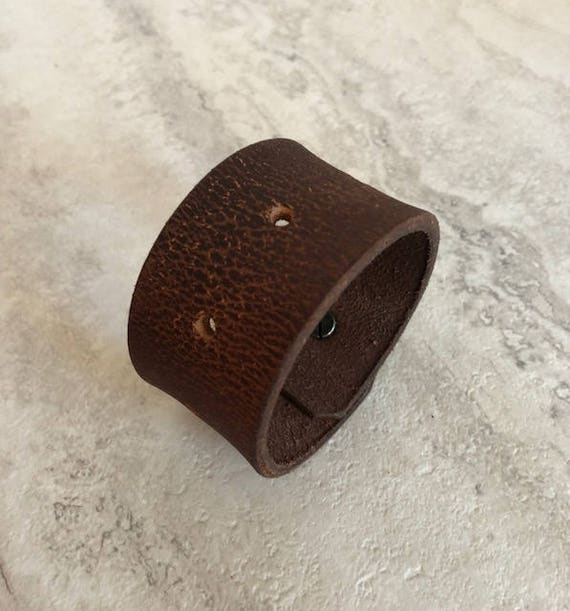 Handmade Women's Brown Leather Cuff Bracelet (6.5 inches)