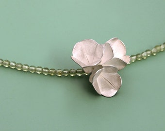 Floral - Necklace - blossom - Peridot  Pearls