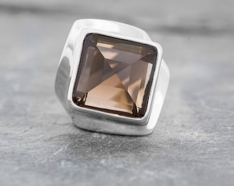 HALLOWED GROUND Gorgeous Chunky Square Cut Coffee Color Smokey Quartz Crystal Ring