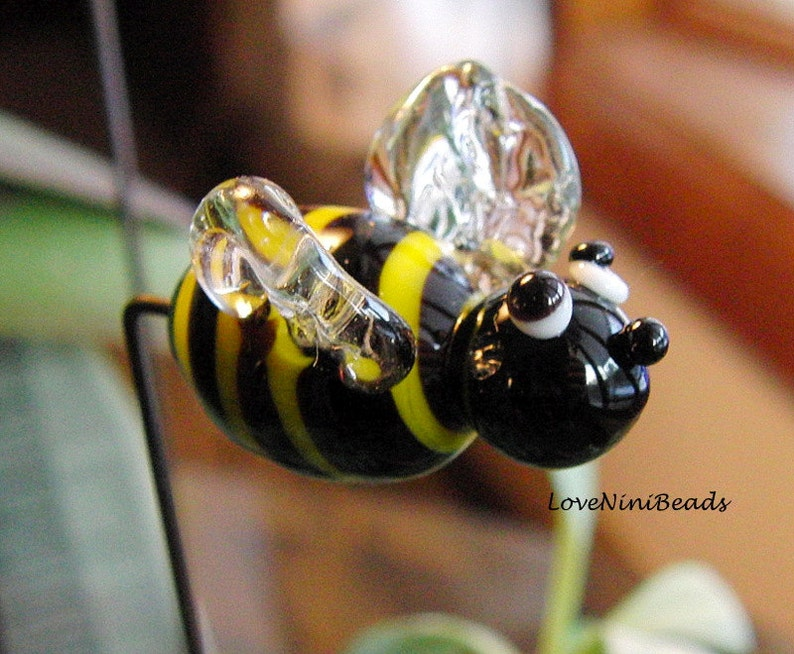 Bumble Bee  Garden Art  Sun Catcher  Plant Stake   image 0