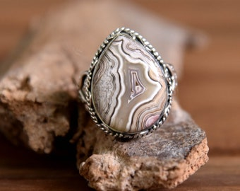 Crazy Lace Agate Ring - Size: 9