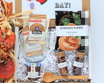 Fall Tea Gift Box • Birthday Gift, Tea Gift Set, Friend Gift set, Best Friend Gift, Grandma gift basket, Tea gift sister daughter, apple tea