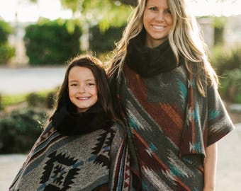 INSTANT DOWNLOAD- Merry Poncho (Child sizes 12 /18 months to 12 and Adult 1 Size) PDF Sewing Pattern and Tutorial