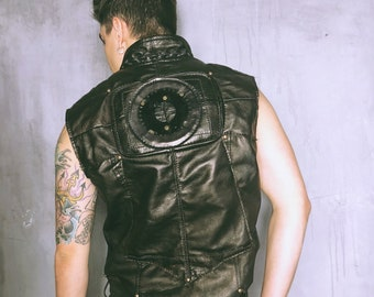 Black Leather Biker Vest / Punk Vest / Motorcycle Vest / Post Apocalyptic Vest / Black Leather Vest / Rockstar Vest / Burning Man / Festival