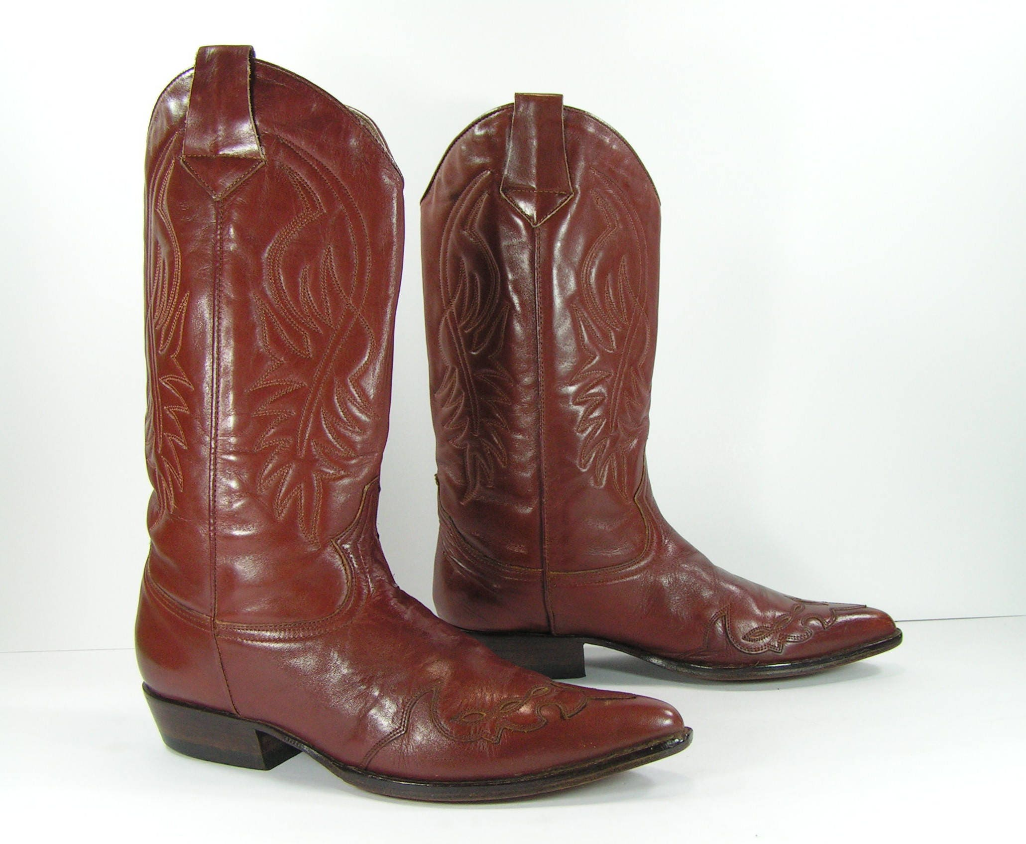 7a5f6823844 vintage cowboy boots womens 10 brown Guess leather western