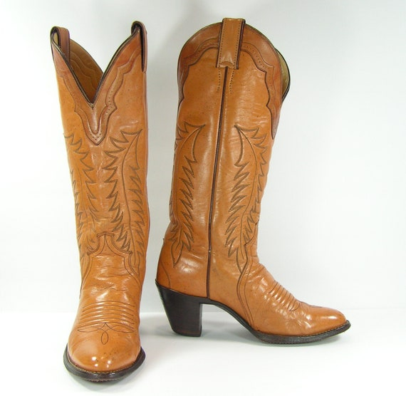 60b10d6b2c05 vintage cowboy boots women s 7 M B honey brown leather
